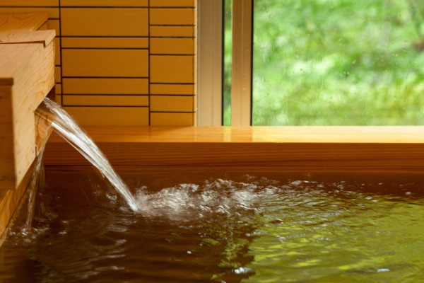 郷麓温泉 檜の湯